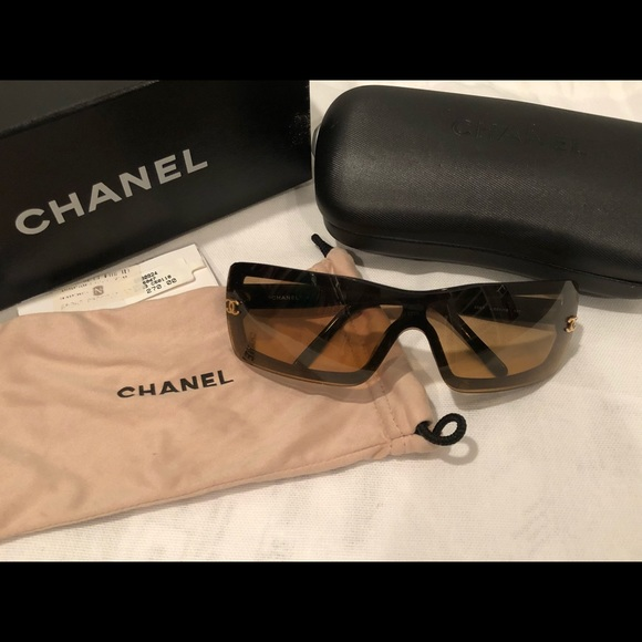 c2f87a92d4 CHANEL Accessories - Authentic CHANEL 5067 Sunglasses